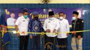 Foto: Sekda Sampang Yuliadi Setiawan, mewakili Bupati Sampang membuka secara resmi program kegiatan Katar Kabupaten Sampang, di aula Dinas Sosial Sampang. (Foto: Luluk Kustantinah for News Indonesia)