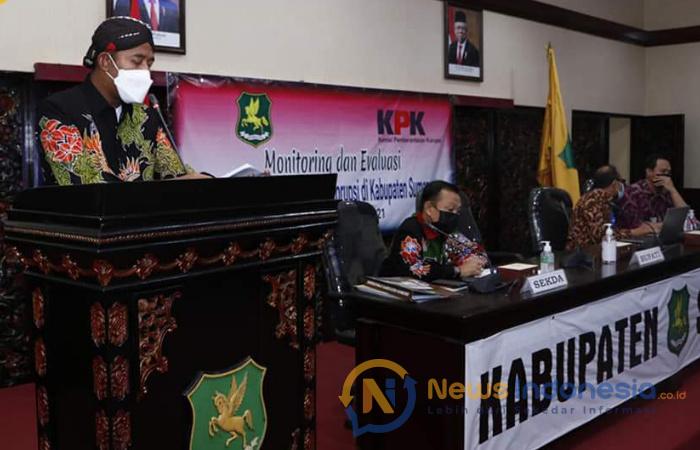 Foto: Bupati Sumenep, Achmad Fauzi, saat memberikan sambutan dalam Koordinasi, Monitoring dan Evaluasi Program Pencegahan Korupsi wilayah Kabupaten Sumenep, di Kantor Bupati.