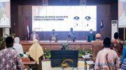 Caption: Pembekalan Dewan Hakim Lomba MTQ di Pendapa Wahyawibawagraha (Foto dok. Humas Pemkab Jember)
