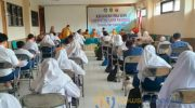 Foto: Dinas Pendidikan Sumenep, saat melakukan seleksi siswa berprestasi jelang pelaksanaan KSN 2021 di aula kampus UNIBA. (Foto : Istimewa)