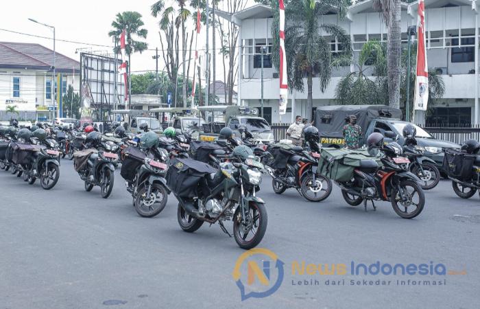 Foto: Deretan Kendaraan Penyalur Bantuan Kepada Masyarakat di Wilayah Zona Merah.